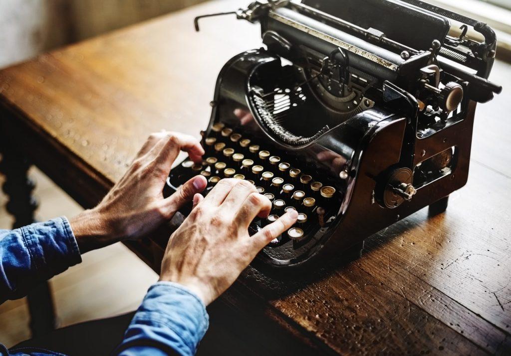 Ecrivez-moi !