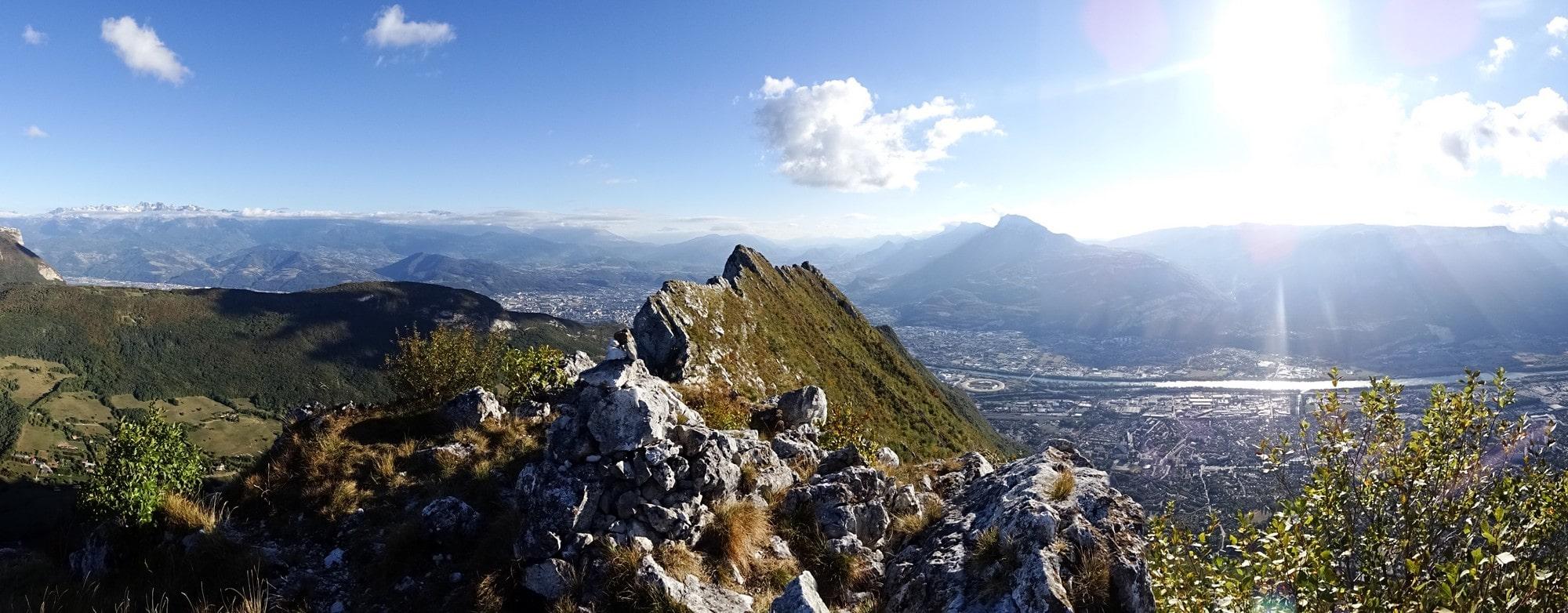 Panorama du Néron et de Grenoble en arrière plan